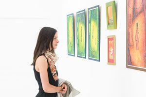 Ilustración de Cómo Exponer tus Obras de Arte