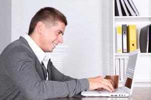 Ilustración de Cómo encontrar lugar para una oficina en casa