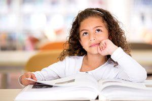 Ilustración de Cómo Estimular el Pensamiento de un Niño