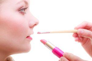 Ilustración de Consejos básicos y prácticos para el maquillaje