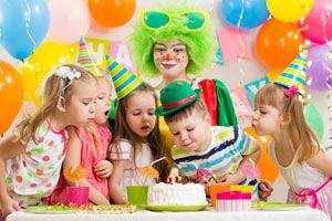 Ilustración de Cómo Decorar la Fiesta de Cumpleaños de acuerdo a la edad del agasajado