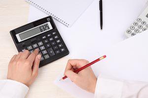 Ilustración de Cómo organizar papeles y facturas