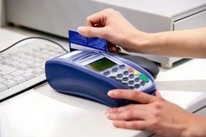 Ilustración de Cómo usar una tarjeta de crédito con criterio