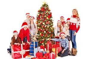 Ilustración de Cómo lograr que los hermanos mayores no rompan la ilusión de Papá Noel a los menores
