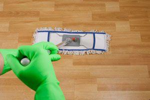 Ilustración de Cómo limpiar y mantener superficies de madera
