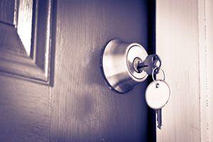 Ilustración de Cómo abrir una cerradura cuando se pasa de vuelta