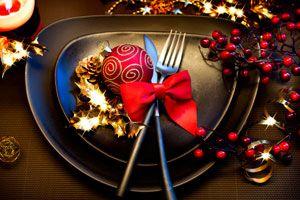 Ilustración de Cómo preparar la mesa para la cena de Año Nuevo
