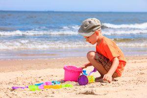 Ilustración de Cómo cuidar a los Niños en la Playa