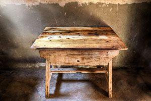 Ilustración de Cómo tratar por Carcoma los Muebles a Restaurar