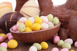 Ilustración de Cómo hacer Huevos de Pascuas de Azúcar