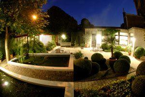 Cómo iluminar el patio.