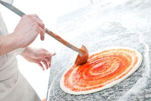 Ilustración de Cómo hacer prepizzas rápidas