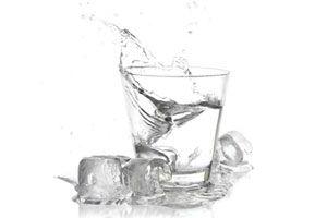 Ilustración de Cómo hacer vodka casero (o similar)