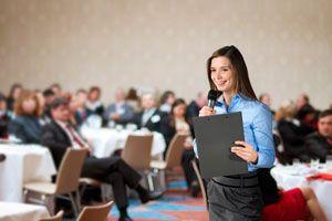 Ilustración de Cómo mantener la etiqueta y protocolo en eventos formales