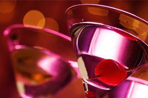Ilustración de Cómo hacer Tragos y Bebidas Rojos y Rosados