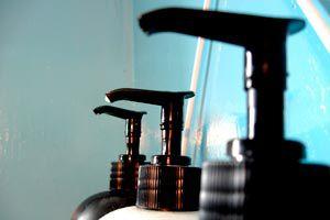 Ilustración de Cómo sustituir el acondicionador de cabello