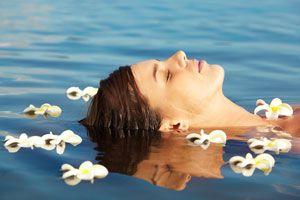 Cómo se practica la terapia de la flotación