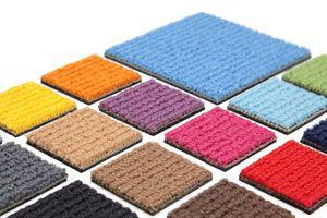 Ilustración de Cómo arreglar una alfombra rota o manchada