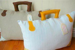 Ilustración de Cómo hacer un almohadón con forma de maletín