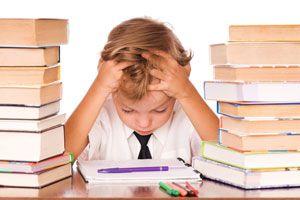 Ilustración de Cómo ayudar a tu hijo a rendir un examen