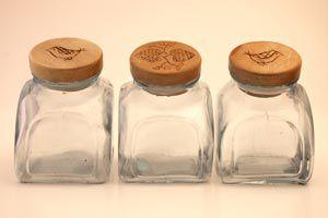 Ilustración de Cómo hacer una original estantería con frascos
