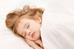 Ilustración de Cómo crear una rutina de sueño en los niños