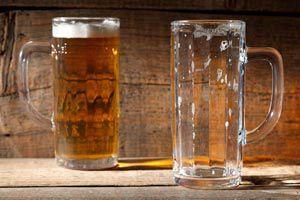 Ilustración de Cómo servir la cerveza