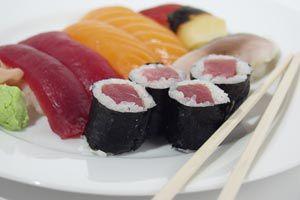 Ilustración de Cómo comer sushi