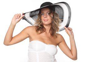 Consejos para elegir los accesorios que combinen con tu vestido en un evento formal. Joyas y accesorios para un evento formal