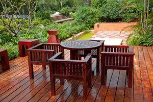 Cómo mantener maderas de exterior