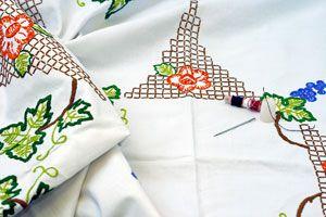 Cómo personalizar un mantel con dibujos