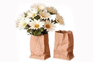 Como hacer jarrones y floreros con bolsas de papel. Guía para hacer jarrones con bolsas de papel