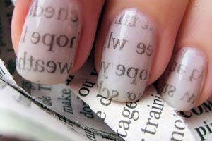 Ilustración de Cómo Decorar las Uñas con Escritos