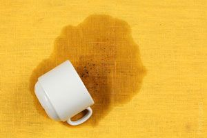 Cómo quitar las manchas de té