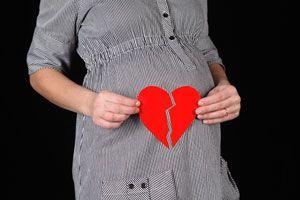 Cómo afrontar un duelo durante el embarazo