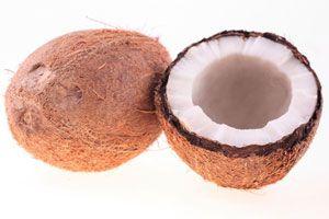 Beneficios del Agua de Coco para la Piel