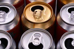 Ilustración de Reciclaje de latas de aluminio