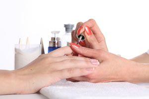 Ilustración de Cómo arreglar las uñas