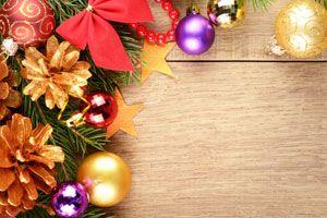 Ilustración de Decoraciones navideñas de bajo costo