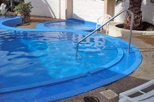 Ilustración de Todo sobre las piscinas de fibra de vidrio