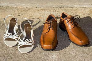 Cómo limpiar zapatos de cuero. Cómo limpiar zapatos de telas y deportivos. Limpieza de zapatos de charol.