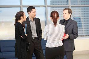 Ilustración de La polarización al trabajar en grupo