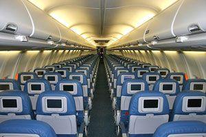 Ilustración de Cómo cuidar la salud en un viaje en avión