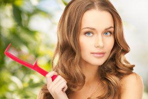Ilustración de Cómo darle volumen al cabello largo