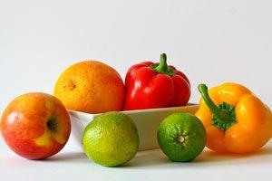 Alimentos que no debes dejar de comer. 10 alimentos nutritivos para tu dieta diaria. Alimentos que no deben faltar en tu dieta.