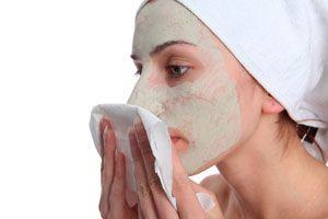 Ilustración de Cómo quitar las mascarillas del rostro