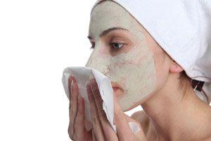 Ilustración de C&oacutemo hacer mascarillas para aclarar la piel