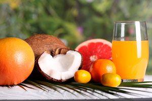 Ilustración de 10 recetas de jugos naturales