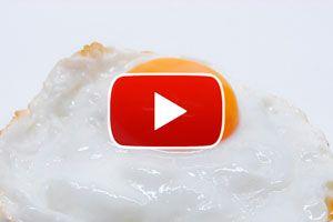 Ilustración de Cómo evitar que se rompa la yema del huevo frito