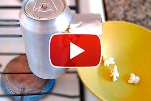 Ilustración de Cómo Hacer Pochoclo en una Lata de Aluminio